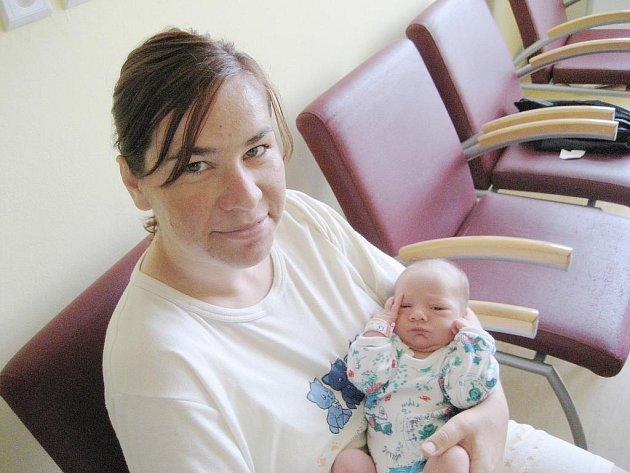 Vojtíšek Ješina se narodil 13.července v 20:33 hodin mamince Dominice a tatínkovi Jaroslavovi, krerý asistoval u porodu. Měřil 51 centimetrů a vážil 3300 gramů.