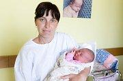 NELA ŠILHANOVÁ se narodila 9. června ve 4 hodiny a 51 minut. Měřila 52 centimetrů a vážila 3480 gramů. Rodiče Kristýna a Marcel bydlí v Pardubicích a doma na ně čeká devítiletý Filip.