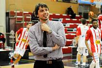 Trenér pardubických basketbalistů Tomáš Bartošek.