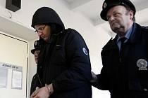 Polský fanoušek, Marcin Majcher, dostal v Pardubicích za výtržnictví při cestě na zápas ostravského Baníku čtyřměsíční podmíněný trest
