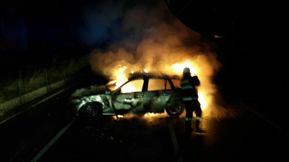 První lednový den hasiči vyjížděli k nehodě do Němčic.