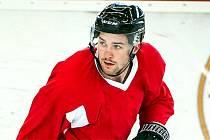 Jacob Cardwell posílí hokejové Pardubice.