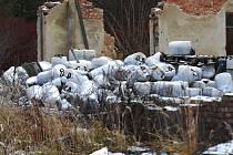 Tiká u Holic další ekologická bomba?