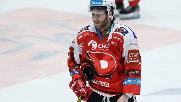 Čtvrtfinále play off hokejové extraligy: HC Dynamo Pardubice - BK Mladá Boleslav, na snímku útočník Anthony Camara.