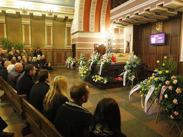 Poslední rozloučení s Evženem Musilem.