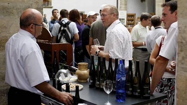 Festival vína potrvá na zámku ještě dnes.