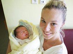 Daniela Malíková se narodila 20. září v 18:06 hodin. Měřila 56 centimetrů a vážila 4560 gramů. Tatínek Martin maminku Dagmaru u porodu podpořil. Sourozenci Adéla (10) a Magdaléna (7) se těší, až budou mít sourozence doma, v Pardubicích.