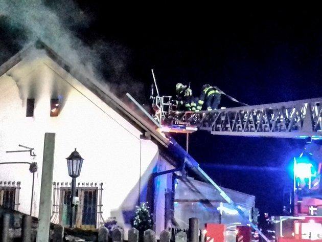 Požár hájenky v Lázních Bohdanči