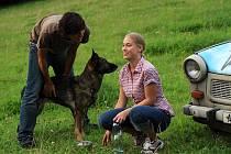 PÁR. Maciej Cymorka (Marek) a Aneta Krejčíková (Maruška) ve filmu Láska je láska.