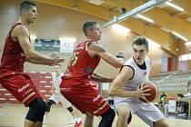Přípravné basketbalové utkání mezi BK Pardubice a DEKSTONE Tuři Svitavy
