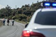 Expedice Crossing Cyprus 2017. Náš policejní doprvod. Mají o nás opravdu starost kvůli provozu. Asi neviděli, jak se jezdí u nás v Evropě.