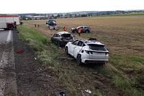 Nehoda se stala na silnici I/35 nedaleko obce Býšť na Pardubicku.