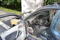 Škoda Octavia začala hořet za jízdy