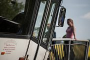 Nehoda autobusu v Komárově