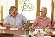 Ředitel festivalu Jan Mazuch (na snímku vpravo) a jeho zástupce zástupce Petr Laušman.