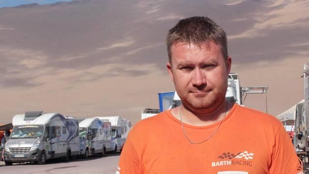 V poušti. Michal Burkoň a jeho BARTH Racing team mají už jeden Dakar za sebou. Chystají se na další.