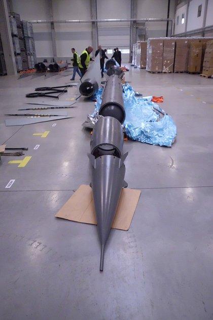 Zachycení maket raket celníky.
