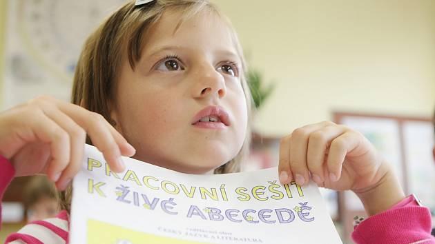 Začátek školního roku v Pardubicích. Základní škola Benešovo náměstí vítala (nejen) prvňáčky.