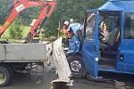 Při nehodě bylo šest lidí zraněno. Mezi nimi i dvě děti.