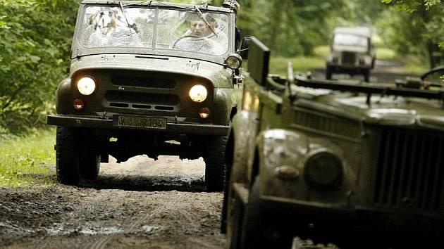 V Semíně se opět konal sraz milovníků vojenské techniky