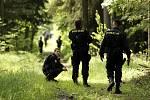Záchrna 2010 - cviční složek IZS na vyhledávání ztracených osob v terénu.