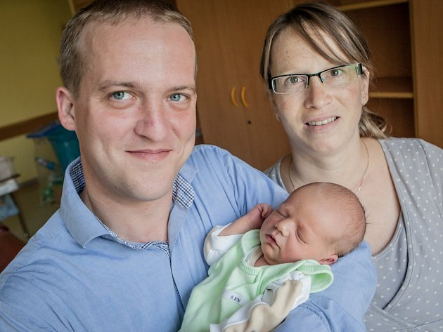Daniel Mejstřík se narodil 20. září ve 23:39 hodin. Může se pochlubit porodní váhou 3520 gramů a výškou 52 centimetrů. Maminkou je Eva a tatínkem Lukáš. Daniel je už teď doma očekáván starším bratrem Dominikem, kterému je 3 a půl roku. Rodina je z Pardubi