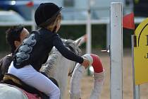 Součástí středečního Zahajovacího dostihového dne budou i Jezdecké hry pro děti.