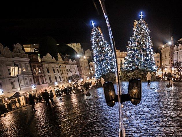 Štědrovečerní procházka Pardubicemi. Pernštýnské náměstí.