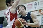 Basketbalové utkání Pardubice – Děčín 79:63.