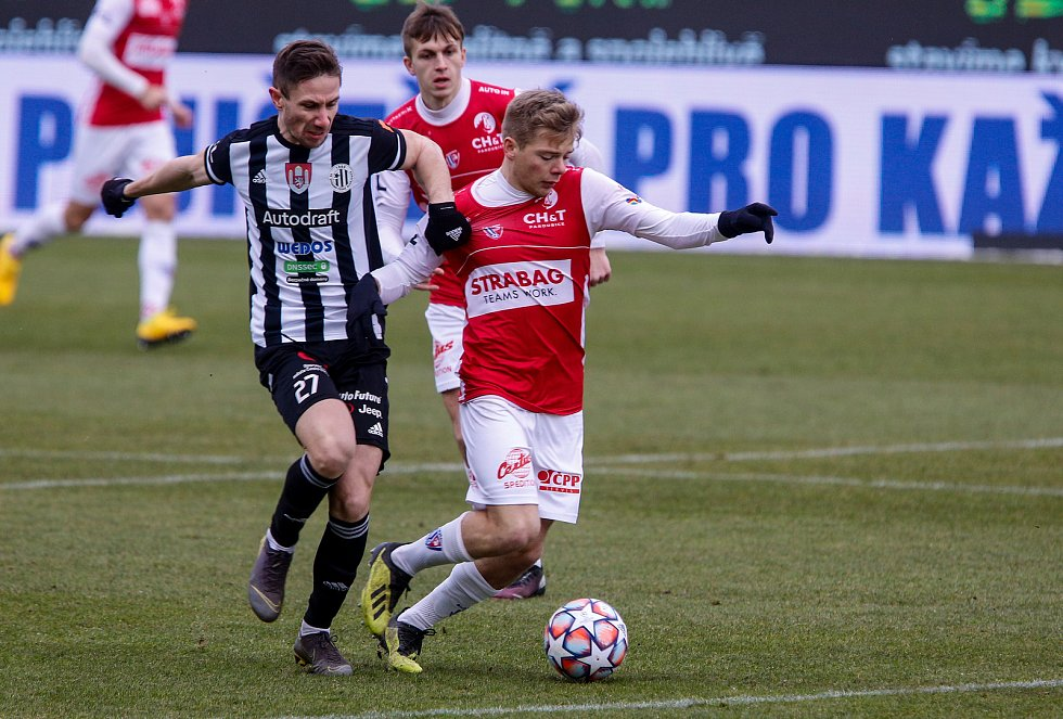 Fotbalová FORTUNA:LIGA: FK Pardubice - SK Dynamo České Budějovice.