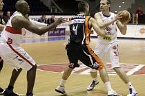 Třetí čtvrtfinále: Pardubice hostily basketbalisty Unibonu Nový Jičín