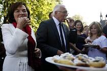 Přivítání prezidentského páru v Jenišovicích