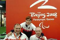 Návrat z paralympiády v Pekingu byl pro trio Eva Hrdinová, Martin Němec (vlevo) a Jan Vaněk medailový. Zopakovat úspěch bude na Novém Zélendu těžké. Dojde totiž ke slučování kategorií.