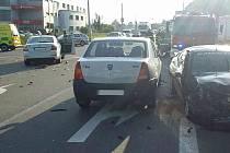 Dopravní nehoda mezi Semtínem a Pardubicemi 4. září ráno.
