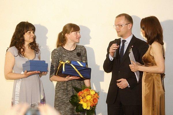 Ceny Pardubického kraje 2014.Veronika Kolafová získale cenu Michala Rabase za záchranu života.