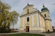 Kostel sv. Martina v Holicích