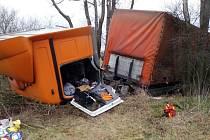 Nehoda kamionu u Holic, 12. 12. 2019