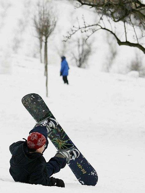 Snowboard je stále oblíbenější.