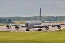 KC-135R Stratotanker na pardubickém letišti