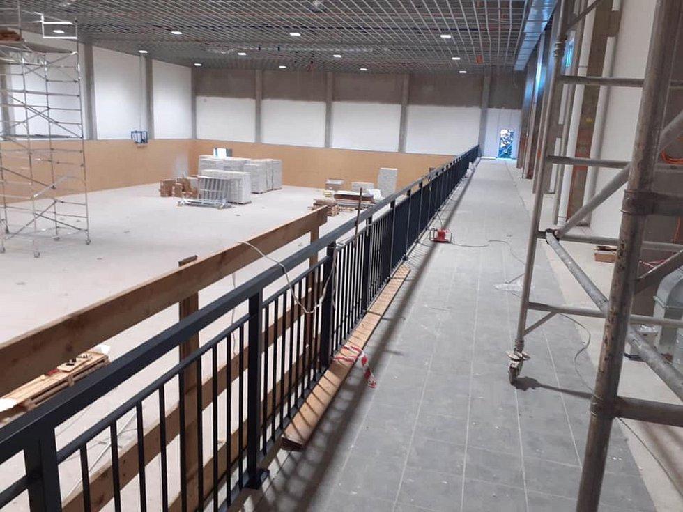 V Bohdanči roste sportovní hala