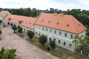 Národní hřebčín v Kladrubech nad Labem.