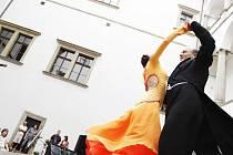 Kromě tanečních kurzů vede vede Ludmila Mičjanová také Taneční klub Life.