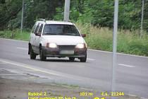 Takto zaznamenal jízdu opilého řidičE policejní radar