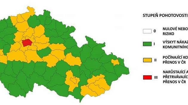 Třetina země bude podle hygieniků od čtvrtka oranžová, zbytek zatím zůstává zelený.