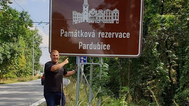 Kraj zve 121 tabulemi u silnic na 47 turistických cílů