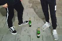 Hlídka městské policie objevila dva mladistvé pod vlivem alkoholu.