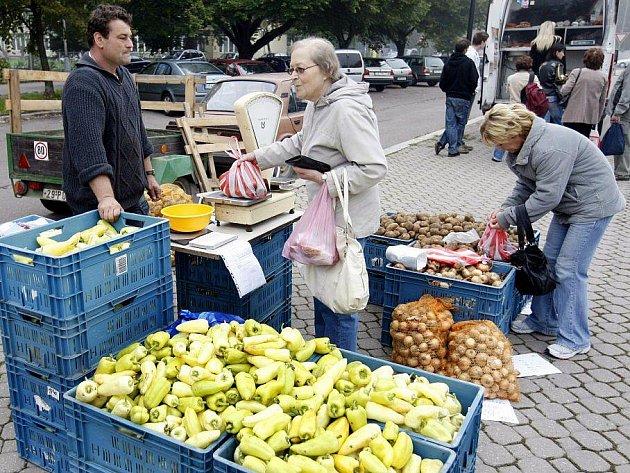 Polabiny zase oživily populární farmářské trhy.