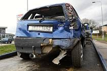 Při nehodě na Hradecké byl zraněn spolujezdec z osobního vozu.