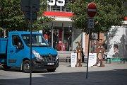 Modrý vůz je v majetku radnice 6. městského obvodu ve Svítkově.