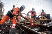 Koridor Čechy - Morava u Ústí nad Orlicí prochází údržbou trati.
